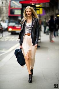 1429-Le-21eme-Adam-Katz-Sinding-Poppy-Delevigne-Somerset-House-Vodafone-London-Fashion-Week-England-Fall-Winter-2012-2013-New-York-City-Street-Style-Fashion-Blog_21E5908