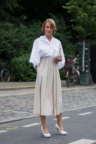 white shirt skirt 3