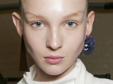 JW-Anderson-earrings-L-autumn-2015-trend